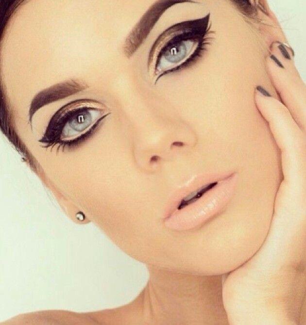 Eyeliner - NewsMAG